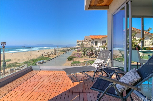 2520 The Strand, Manhattan Beach, CA 90266