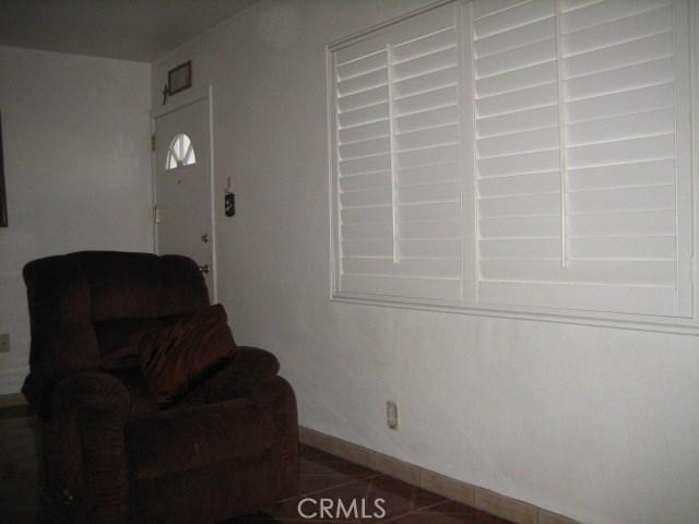 1614 S Pleasant Avenue, Ontario CA: http://media.crmls.org/medias/0006ab30-78ad-4b93-8c45-9fdd3cf289c4.jpg