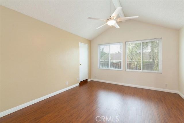 1361 Rosehill Drive, Riverside CA: http://media.crmls.org/medias/000e6a2e-1a25-47bb-8d38-5e51ca153c6a.jpg
