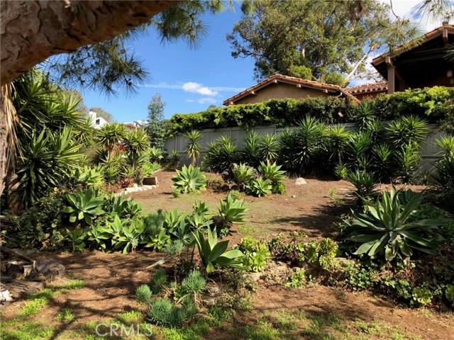 574 Amphitheatre Drive, Del Mar CA: http://media.crmls.org/medias/001a706b-db8c-4b1f-a49d-7687486d461f.jpg