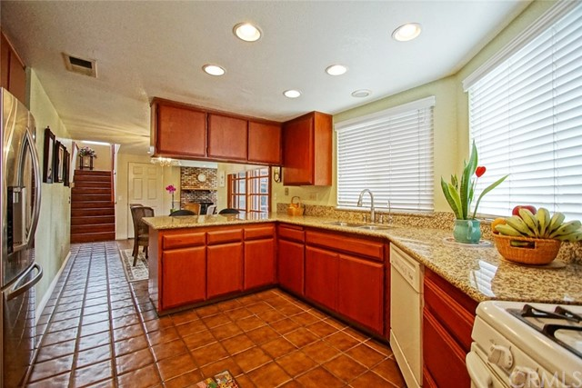 2180 S Waverly Drive Anaheim, CA 92802 - MLS #: PW17146520