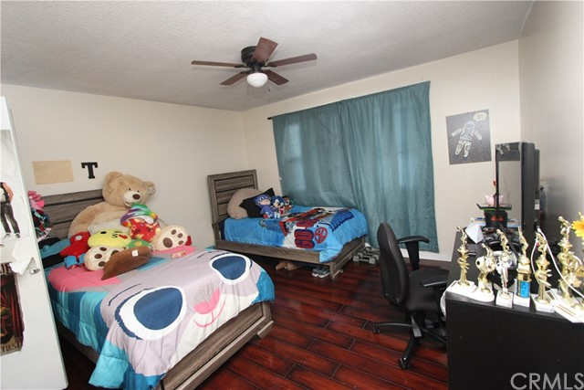 1633 Chestnut Av, Long Beach, CA 90813 Photo 25