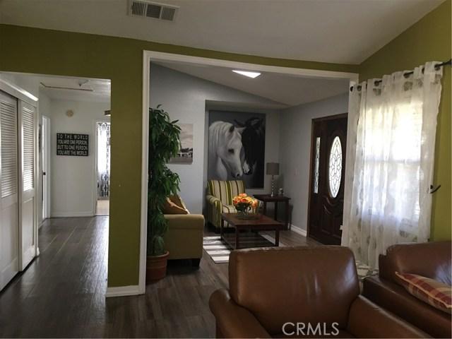 24103 Sandbow Street, Moreno Valley CA: http://media.crmls.org/medias/00327933-a4ef-4524-a731-172ac52b3ef2.jpg