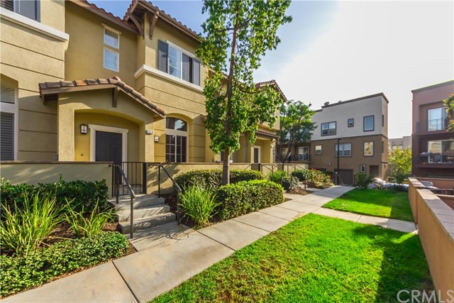 Townhouse for Sale at 1207 Olson Drive Fullerton, California 92833 United States