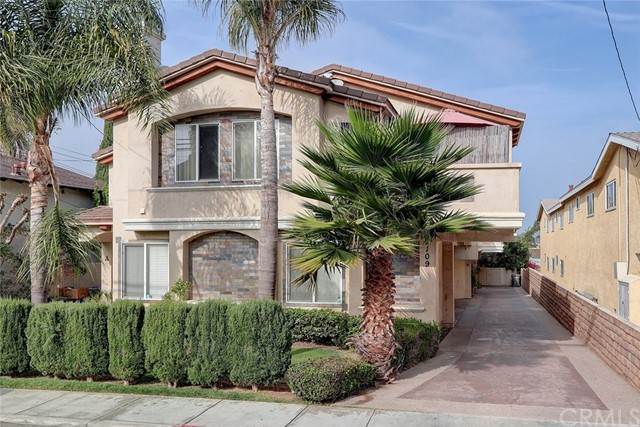 2109 Vanderbilt Lane, Redondo Beach, California 90278, 4 Bedrooms Bedrooms, ,2 BathroomsBathrooms,Townhouse,For Sale,Vanderbilt,SB19264940