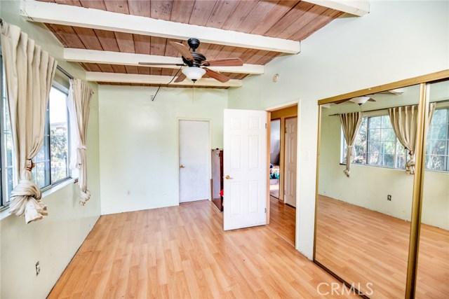 3958 Glenalbyn Drive, Los Angeles CA: http://media.crmls.org/medias/003e34f8-6a93-4d85-bb3c-42a378a41380.jpg