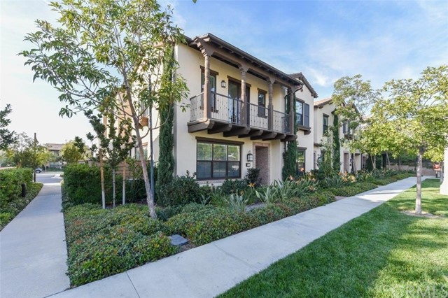 173 Working Ranch, Irvine CA: http://media.crmls.org/medias/0042a394-7557-42ed-bd50-113dc85be9f6.jpg