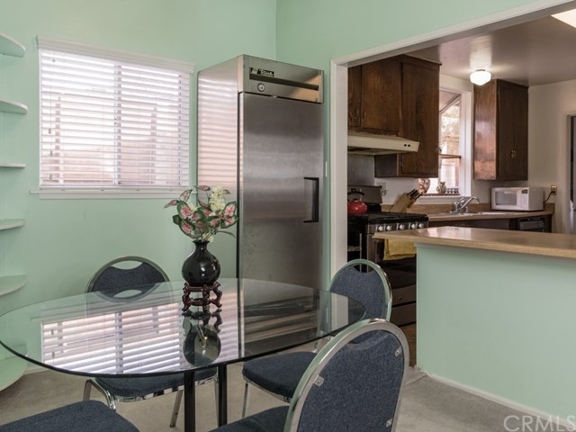 17253 Victory Boulevard Lake Balboa, CA 91406 - MLS #: TR18067525