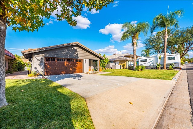Photo of 22926 Gray Fox Drive, Canyon Lake, CA 92587