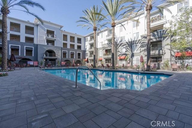 1801 E Katella Avenue, Anaheim CA: http://media.crmls.org/medias/005085b7-aab0-48f8-bfc9-91b402fd0506.jpg