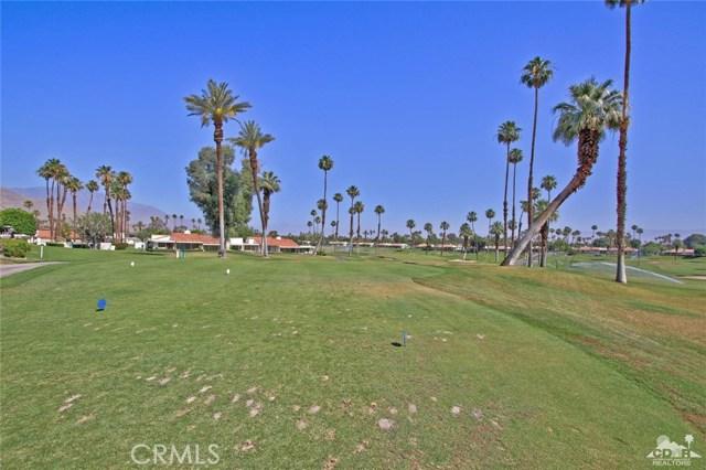 140 Avenida Las Palmas, Rancho Mirage CA: http://media.crmls.org/medias/0056d4ba-bd95-429e-acc8-05dd19e76a43.jpg