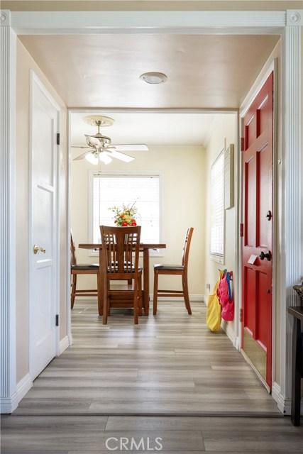 6017 Eberle Street, Lakewood CA: http://media.crmls.org/medias/005a4f7c-e4d4-4c05-a43d-1f6662a019cb.jpg