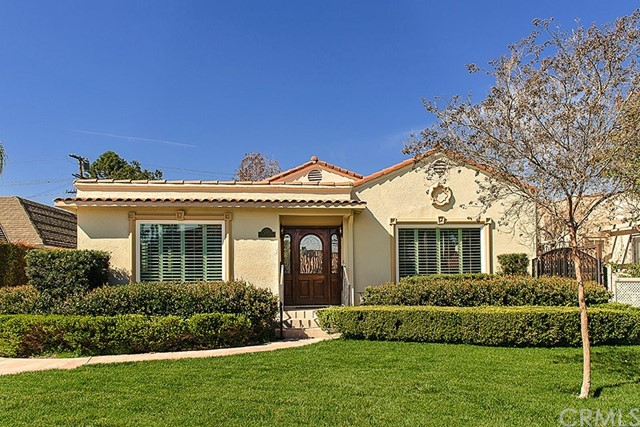 Single Family Home for Sale at 389 Meridith Avenue S Pasadena, California 91106 United States