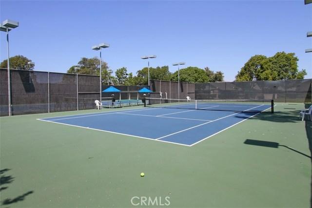 8856 Sutter Circle, Huntington Beach CA: http://media.crmls.org/medias/005b6c72-fb58-4897-8b69-3da4bb23249a.jpg