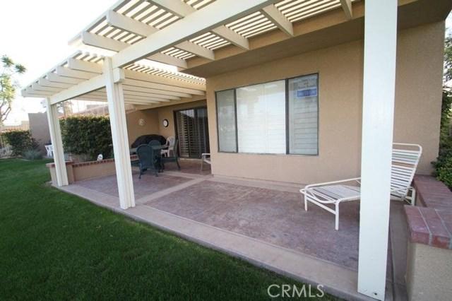 77208 Pauma Valley Way, Palm Desert CA: http://media.crmls.org/medias/00687b25-8c56-43c7-a0ff-23eb41fce10c.jpg