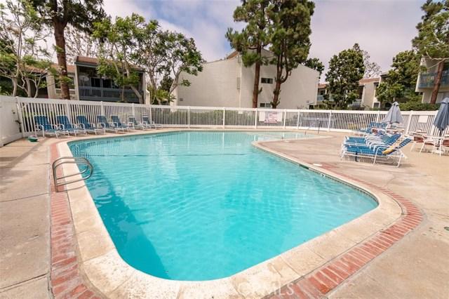 902 Camino Real, Redondo Beach CA: http://media.crmls.org/medias/006e828a-8a5f-4816-baea-5cb4c6d2eca4.jpg