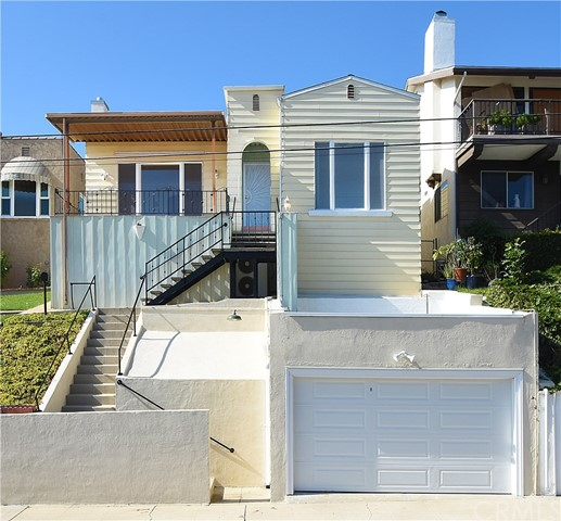 619 Dodson Avenue, San Pedro, California 90732, 2 Bedrooms Bedrooms, ,1 BathroomBathrooms,Single family residence,For Sale,Dodson,PV19263514