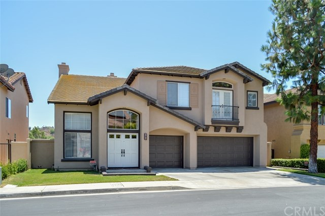 Single Family Home for Sale at 2737 Ashwood Circle Fullerton, California 92835 United States