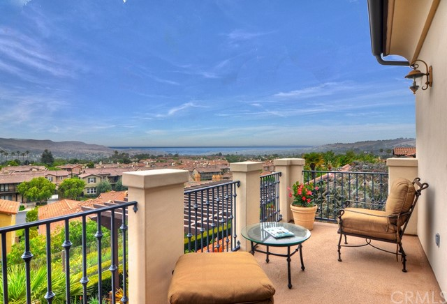 Laguna Niguel, Ca 5 Bedroom Home For Sale