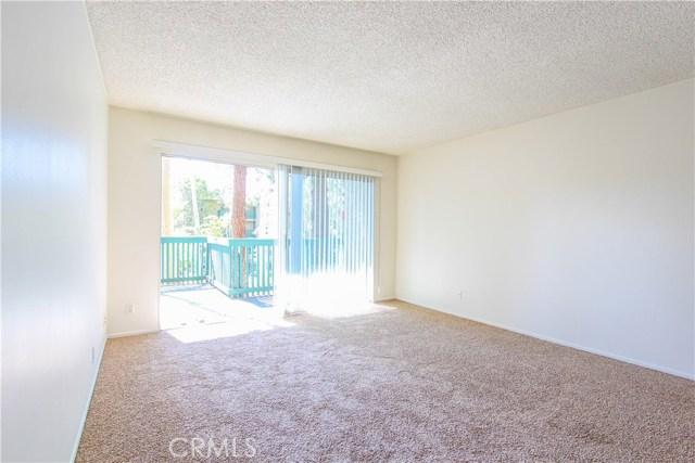 552 N Bellflower Bl, Long Beach, CA 90814 Photo 5