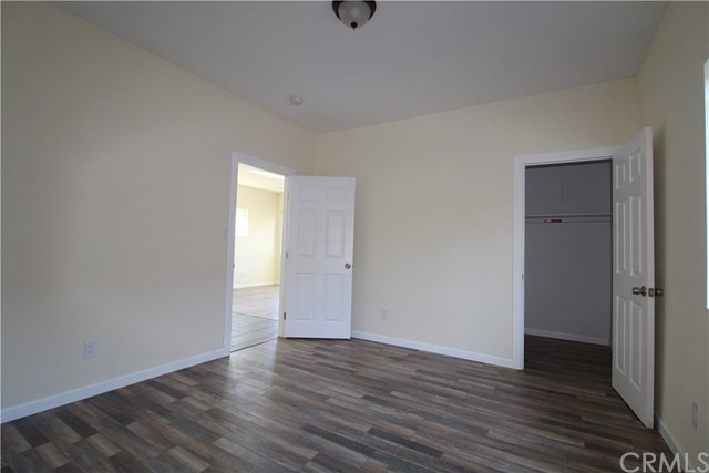 242 E 43rd Place Los Angeles, CA 90011 - MLS #: DW18276648