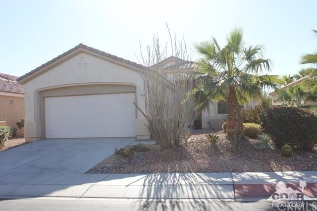 Photo of home for sale at 78337 Brookhaven Lane, Palm Desert CA