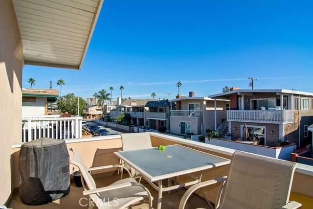Photo of  Newport Beach, CA 92663 MLS NP17235714