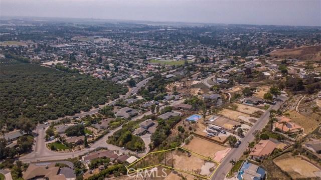 186 Montclair, Ventura CA: http://media.crmls.org/medias/00bfedbf-4051-443d-a672-a772853d6281.jpg