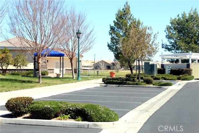 10570 Bridge Haven, Apple Valley CA: http://media.crmls.org/medias/00c43def-1109-4d3b-ad59-e5e631ec04c9.jpg