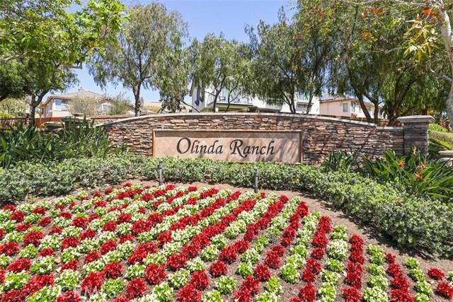 3867 Grandview Drive, Brea CA: http://media.crmls.org/medias/00c5aa8c-c347-4d76-b47b-7c72bfbdabd8.jpg