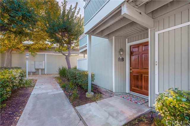 9 Seascape Drive 27 Newport Beach, CA 92663 is listed for sale as MLS Listing LG17273012