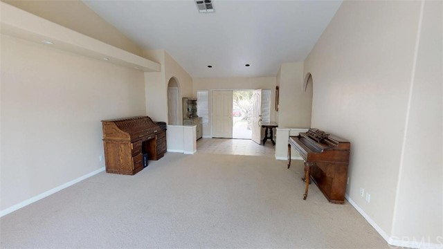 76820 Castle Court, Palm Desert CA: http://media.crmls.org/medias/00ef04ce-a301-44f0-ab2a-aaaaa761eed6.jpg