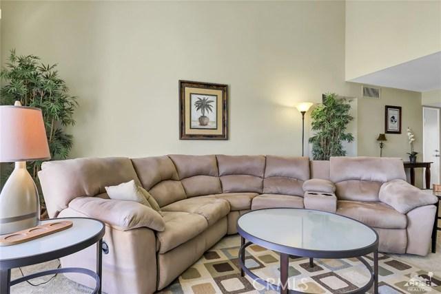 52 Durango Circle, Rancho Mirage CA: http://media.crmls.org/medias/00ef2473-4bf8-4c47-ad64-e683c2714bcd.jpg