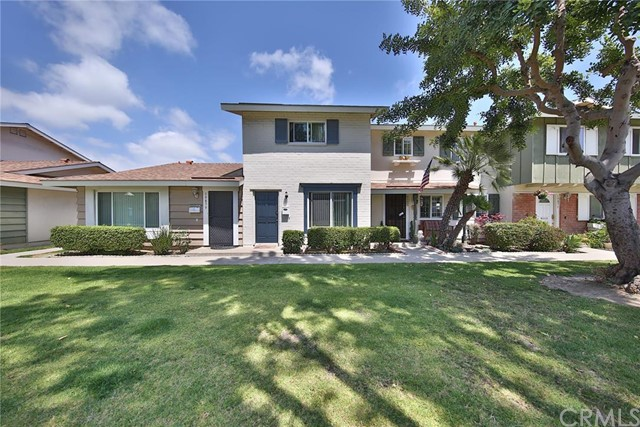 19863 Kingswood Lane Huntington Beach, CA 92646 is listed for sale as MLS Listing OC16128339