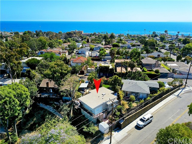 1450 Temple Ter, Laguna Beach, CA 92651