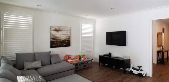 64 Crestwick Irvine, CA 92620 - MLS #: PW18286277