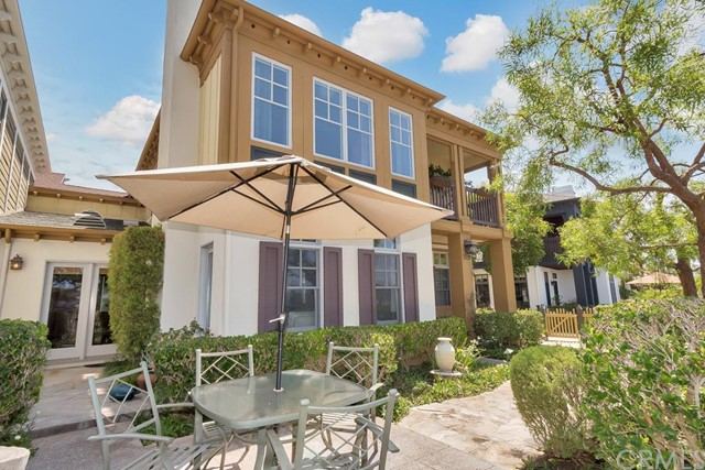 Condominium for Rent at 2519 Bungalow St Corona Del Mar, California 92625 United States