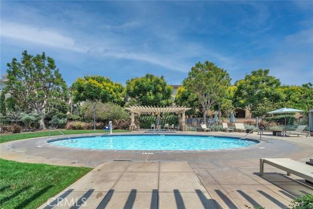 6400 Crescent Park E, Playa Vista CA: http://media.crmls.org/medias/0111d3a5-dd57-4d7f-a8c5-099c275144d4.jpg