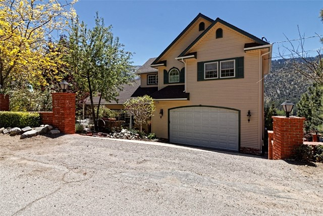 Single Family Home for Sale at 1241 Rivera Drive Wrightwood, California 92397 United States