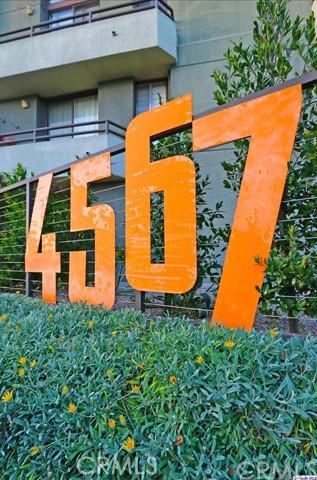 4567 Lexington Avenue, Los Angeles CA: http://media.crmls.org/medias/011c7fc3-c657-4ea7-b63a-56aff9c11e31.jpg