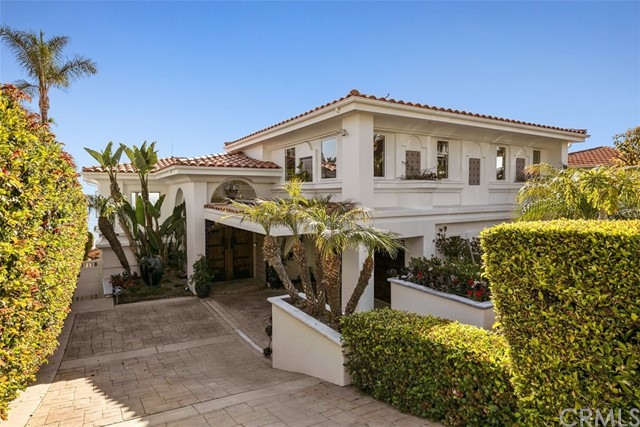 Detail Gallery Image 1 of 1 For 31319 Monterey St, Laguna Beach,  CA 92651 - 4 Beds | 3/1 Baths