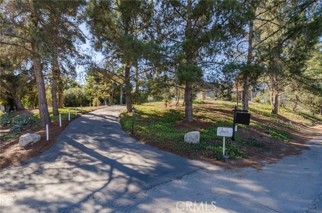 570 Raymond Avenue, Santa Maria CA: http://media.crmls.org/medias/01296ac8-99e2-46fc-8dcc-e16b1cf54c3b.jpg