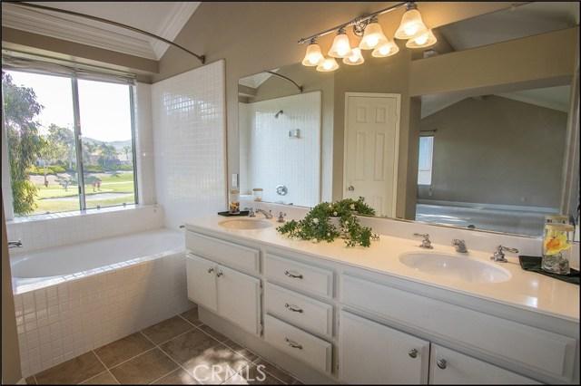 12 Cascada, Rancho Santa Margarita CA: http://media.crmls.org/medias/01438481-3260-4a89-aaaf-fdd44a10f4dc.jpg