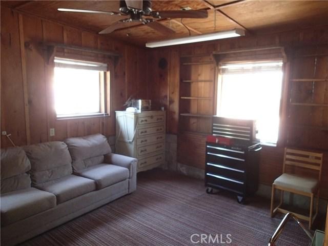 69 Gunderson Road, Oroville CA: http://media.crmls.org/medias/015432d7-0ea8-49aa-8afb-0805e1946c57.jpg