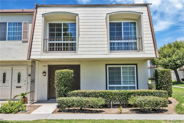 1954 Glenoaks Avenue E, Anaheim, CA, 92801