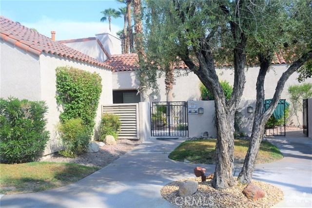 369 Wimbledon Drive, Rancho Mirage CA: http://media.crmls.org/medias/01572013-b6a1-4aa9-8546-212545ebcb27.jpg