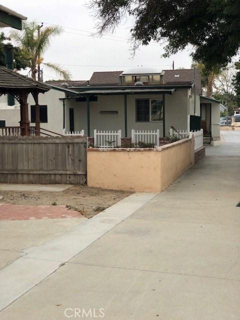 20930 Jamison Avenue, Carson CA: http://media.crmls.org/medias/015cce50-fd41-4cae-a476-95487eb9f9a9.jpg