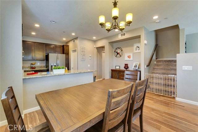 14975 S Highland Avenue, Fontana CA: http://media.crmls.org/medias/01667fcd-d48d-4233-9923-bc82a352ad53.jpg