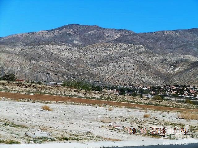 0 Bald Eagle Lane, Desert Hot Springs CA: http://media.crmls.org/medias/0171bd02-9878-4c47-b0af-d1cfbdd5d1ee.jpg