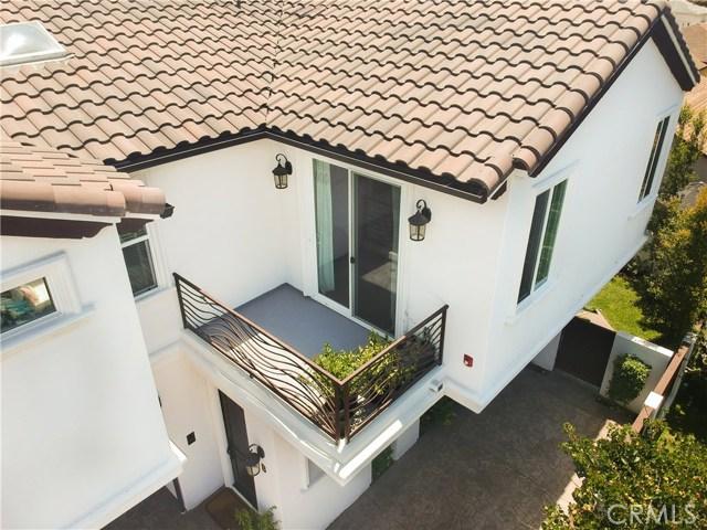 2110 Ernest Avenue, Redondo Beach CA: http://media.crmls.org/medias/01751dc3-ce4d-40c6-b1c3-156d91379b85.jpg
